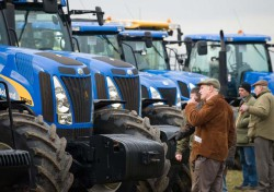 New Holland tractors 542