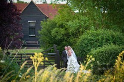 wedding-photographer-essex-crabbs-barn