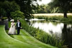 wedding-photographer-essex-le-talbooth