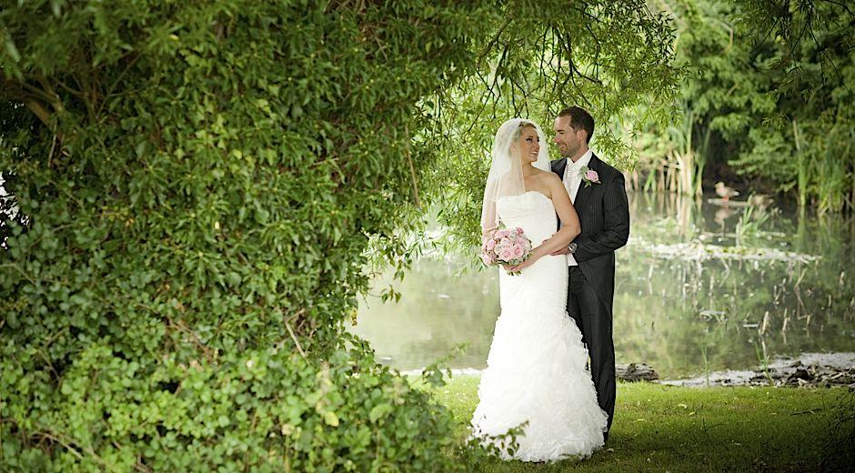 wedding photography Crondon Park Billericay Essex