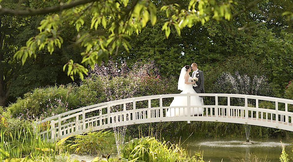 wedding photography Fennes Estate Braintree Essex