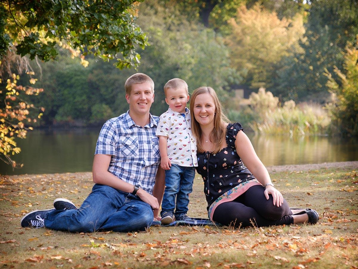 outdoor-family-portrait