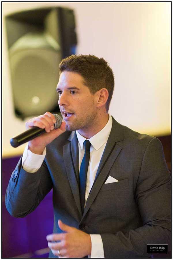 Joe Fryd singer